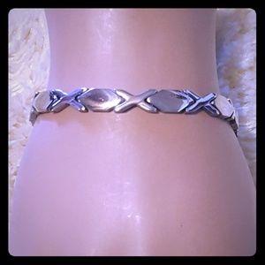 Jewelry - Women Hugs & Kisses Bracelet
